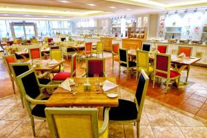 CBR-Cote Jardin Restaurant 01